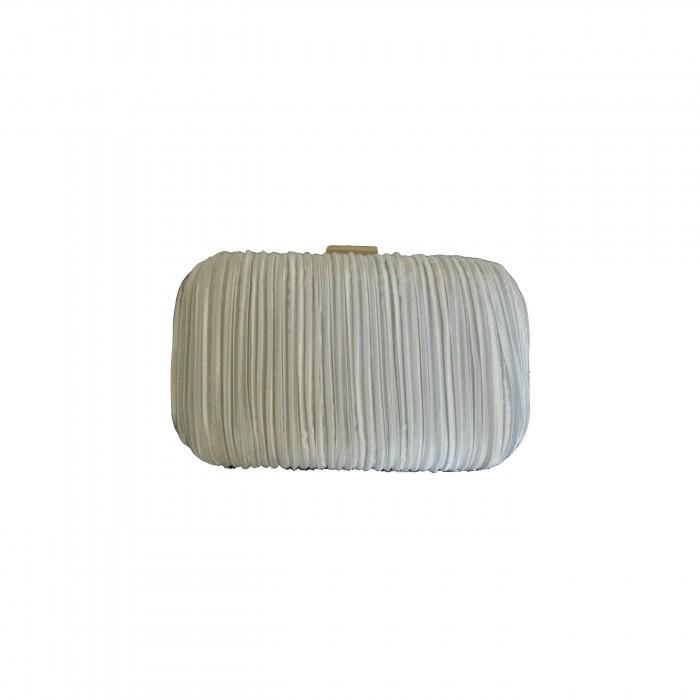 pochette de soir e blanche en tissu pliss tr s habill e. Black Bedroom Furniture Sets. Home Design Ideas