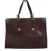 Sac à main mallette rectangulaire marron chocolat à détails dorés et multiples rangements zippés