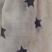 Etole beige pastel à étoiles noires, en viscose