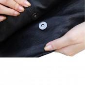 Pochette de soirée noire en simili-cuir à oeillets argentés, métallisés, très originale