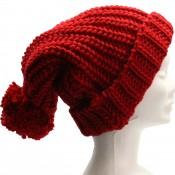 Long bonnet en laine à gros pompon tombant, très chaud et doux, rouge