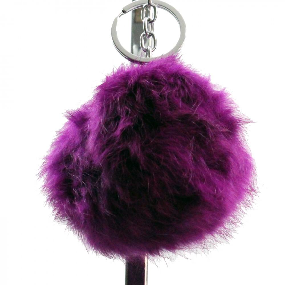 grand porte cl s bijou de sac pompon violet en fourrure synth tique. Black Bedroom Furniture Sets. Home Design Ideas