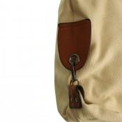 Sac à main beige en tissu sans motif, uni, avec rivets et détails en simili-cuir