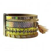 bracelet-cuir-dominante-jaune-multiples-bracelets-pompon-motifs-or-fermoir-aimant