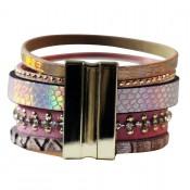 Bracelet en cuir à dominante rose avec multiples bracelets, pompon, motifs dorés et fermoir à aimant