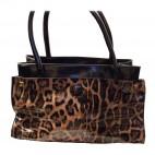 Sac à main vernis imprimé léopard, très original et très classe