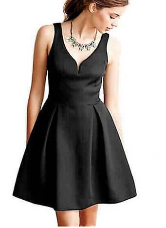 petite-robe-noire-empire